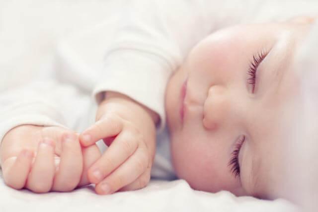 Nahaufnahme Baby Schlafsack Test