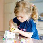Bastelkleber Test. Lösemittelfreier Kleber für Kinder