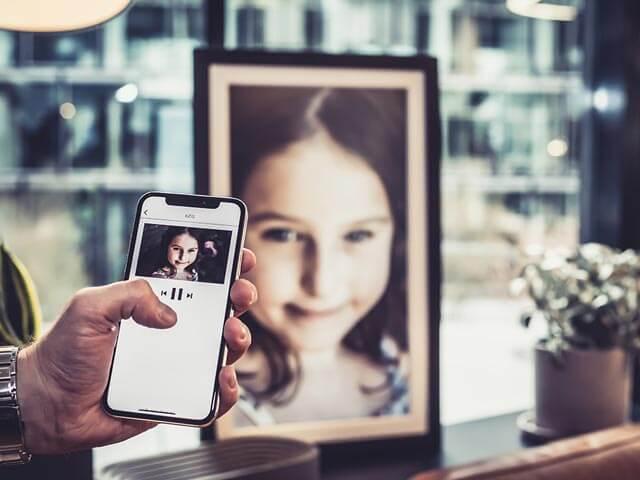 Familienfotos mit der Framen App streamen