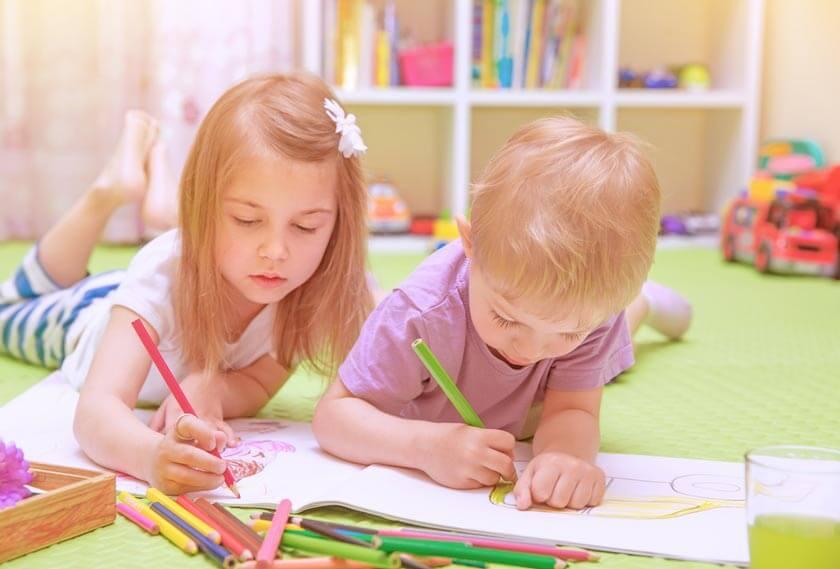 Gemeinsam-Malen mit Kindern