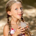 Kakaopulver für Kinder im Test: Zucker zum Trinken