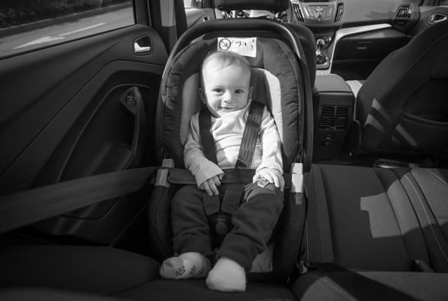 kinderautositz test ratgeber alles zu babyschalen. Black Bedroom Furniture Sets. Home Design Ideas