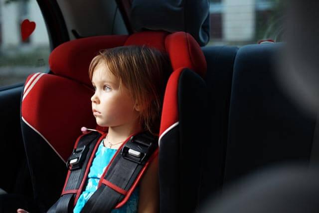 Kinderautositze Test mit Kind